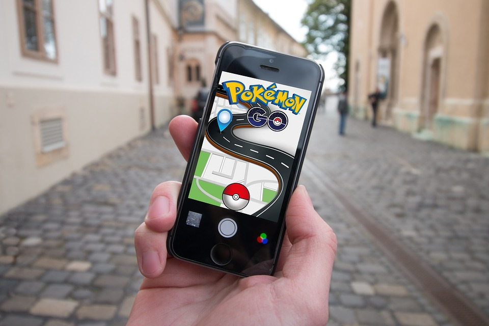 pokemon-go in the street